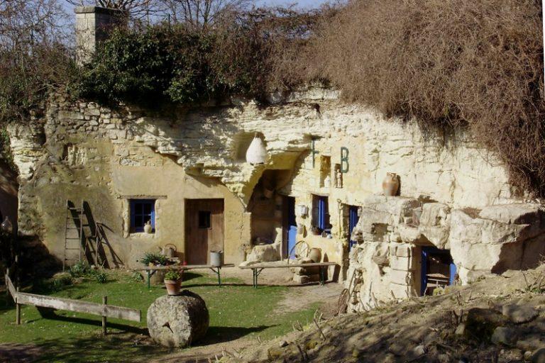 Saumur troglodyte caves